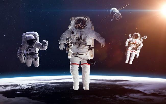 Astronauten im Weltraum Fototapete Planeten Tapete Kinderzimmer Foto  Inneneinrichtungen